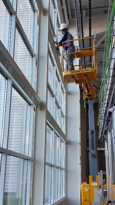 Nettoyage de vitres inaccessibles (en hauteur)